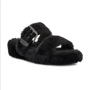 UGG Australia Fuzz Yeah Black Faux fur sandal 8US